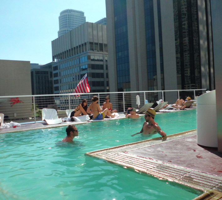 Downtown_Los_Angeles_Standard_Pool