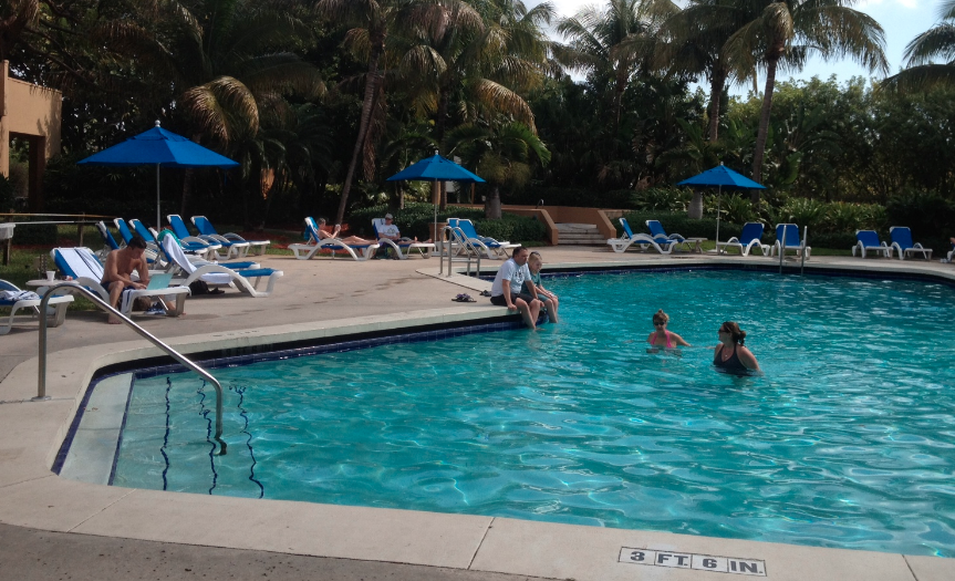 Pool_At_FtLauderdale_Hilton