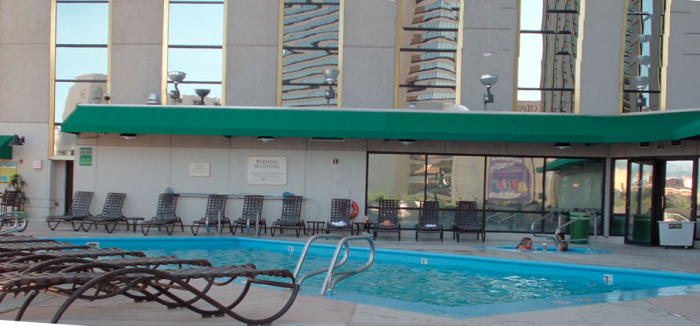 Silver legacy reno pool 2 - Reno hotels with indoor swimming pool ...