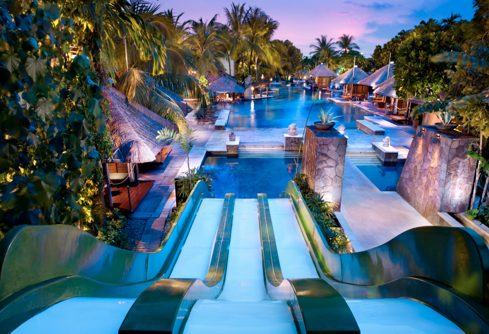 Worlds coolest hotel water slides from huffington post - The coolest swimming pool in the world ...