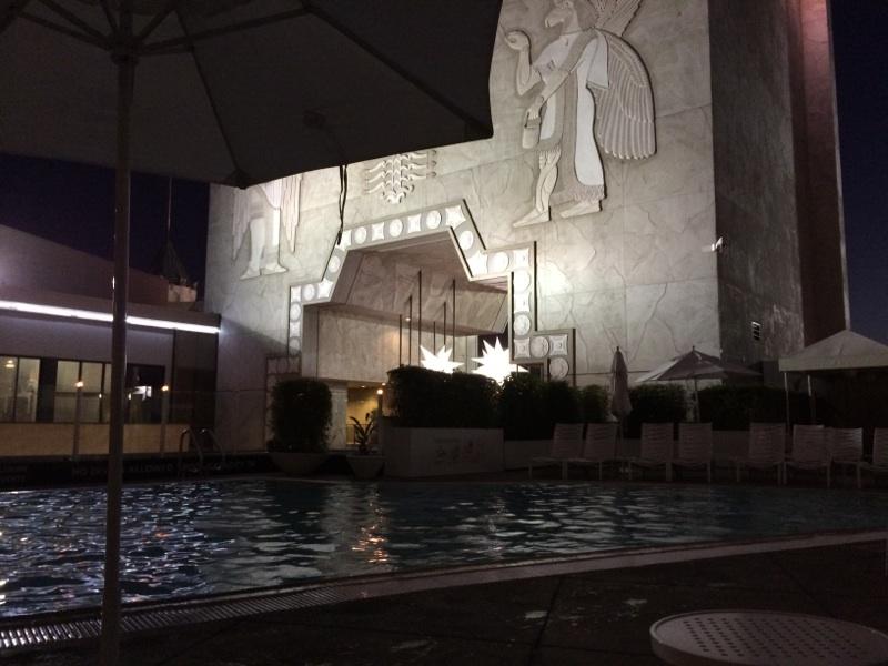 Lowes Hollywood Pool